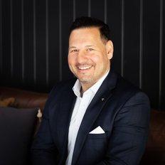 Daniel Nero, Sales representative