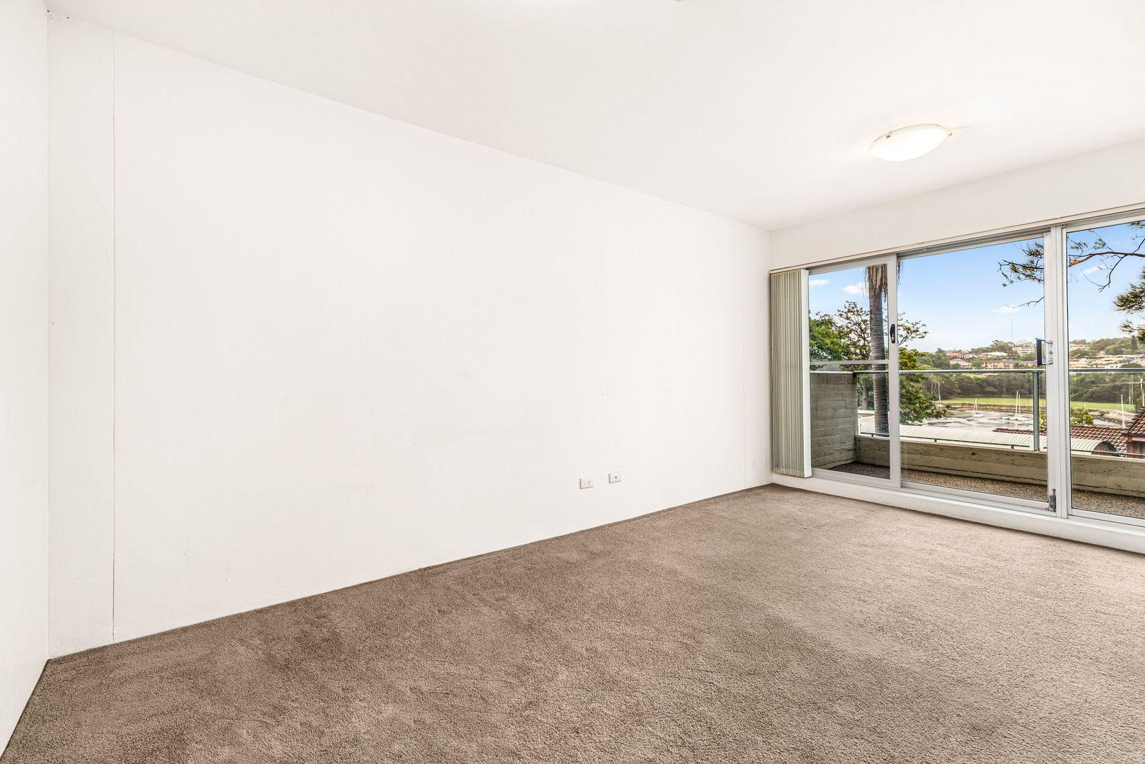 10/4 Munro Street, Mcmahons Point NSW 2060, Image 1
