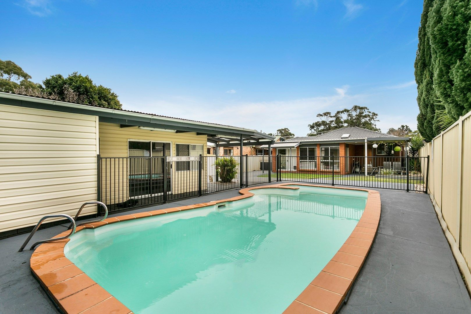 19 Hopetoun Street, Oak Flats NSW 2529, Image 1