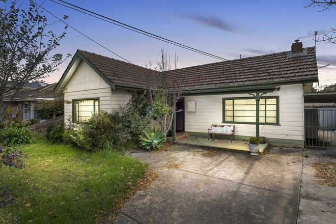 Picture of 7 Surrey Crescent, OAKLEIGH EAST VIC 3166