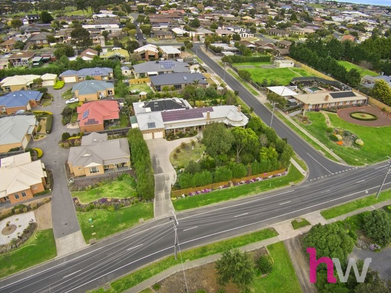 35 Meadowvale Drive, Grovedale VIC 3216, Image 1