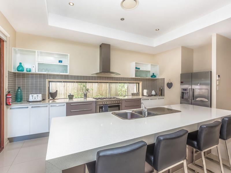 14 Cobblestone Place, Peregian Springs QLD 4573, Image 1