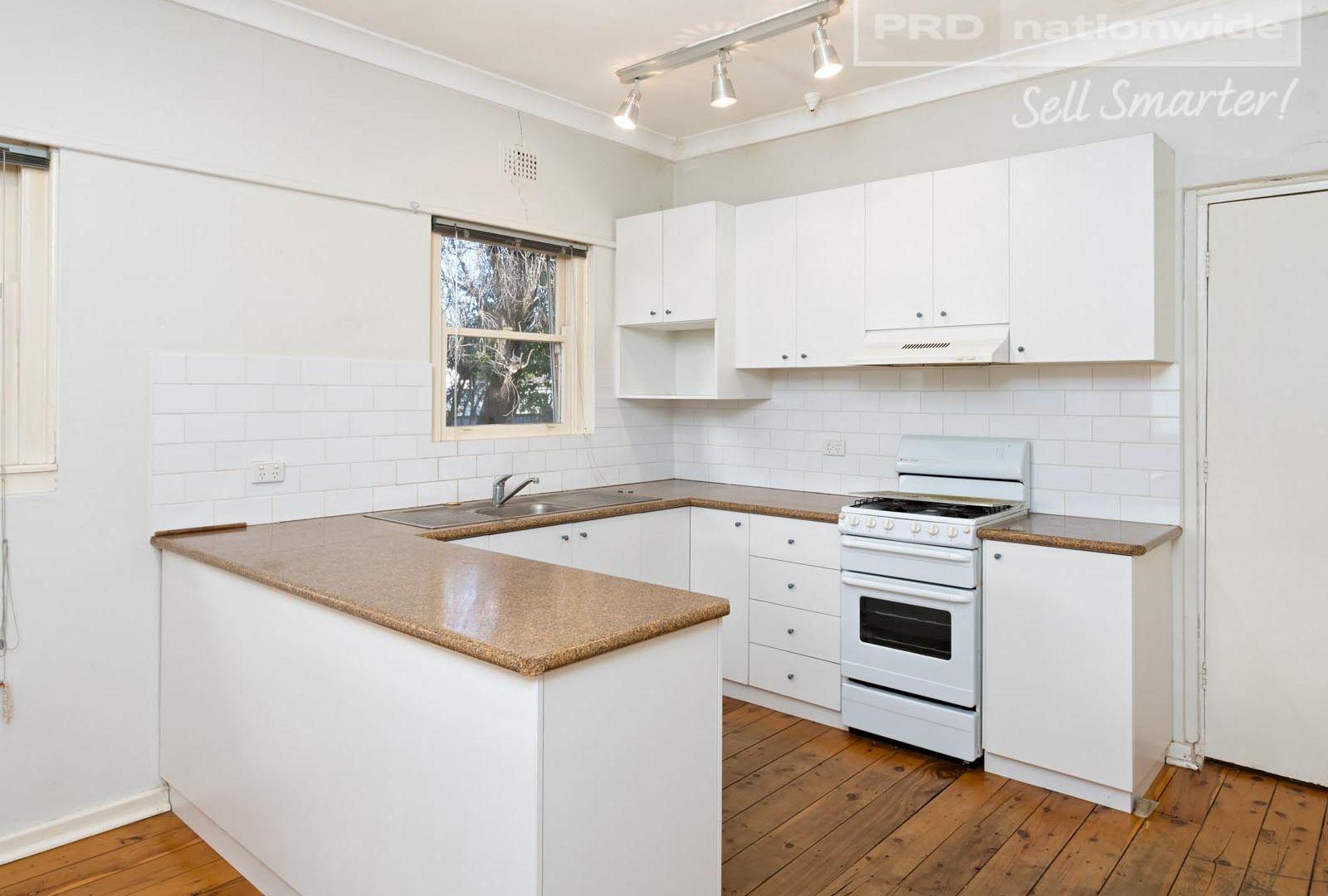 10 Spring Street, Wagga Wagga NSW 2650, Image 2