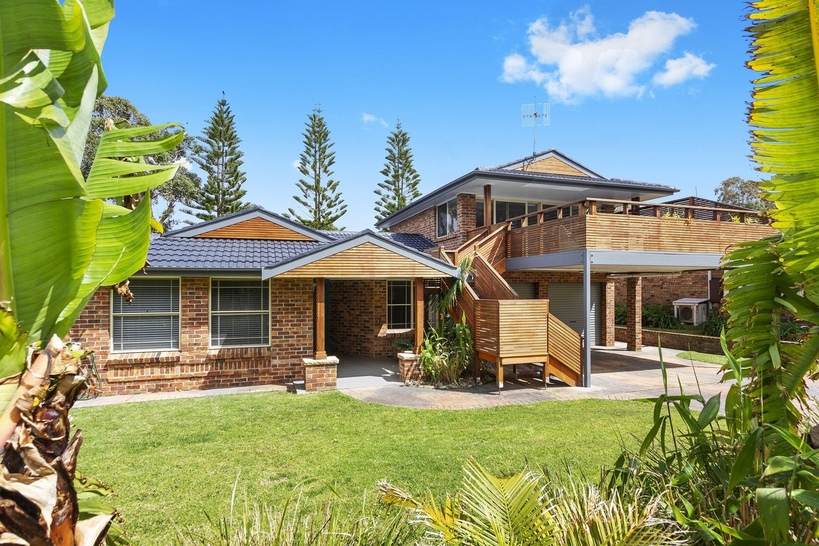77 Donlan Road, Mollymook Beach NSW 2539, Image 0