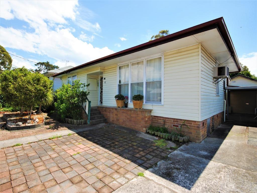 12 Cheryl Street, Mannering Park NSW 2259, Image 0