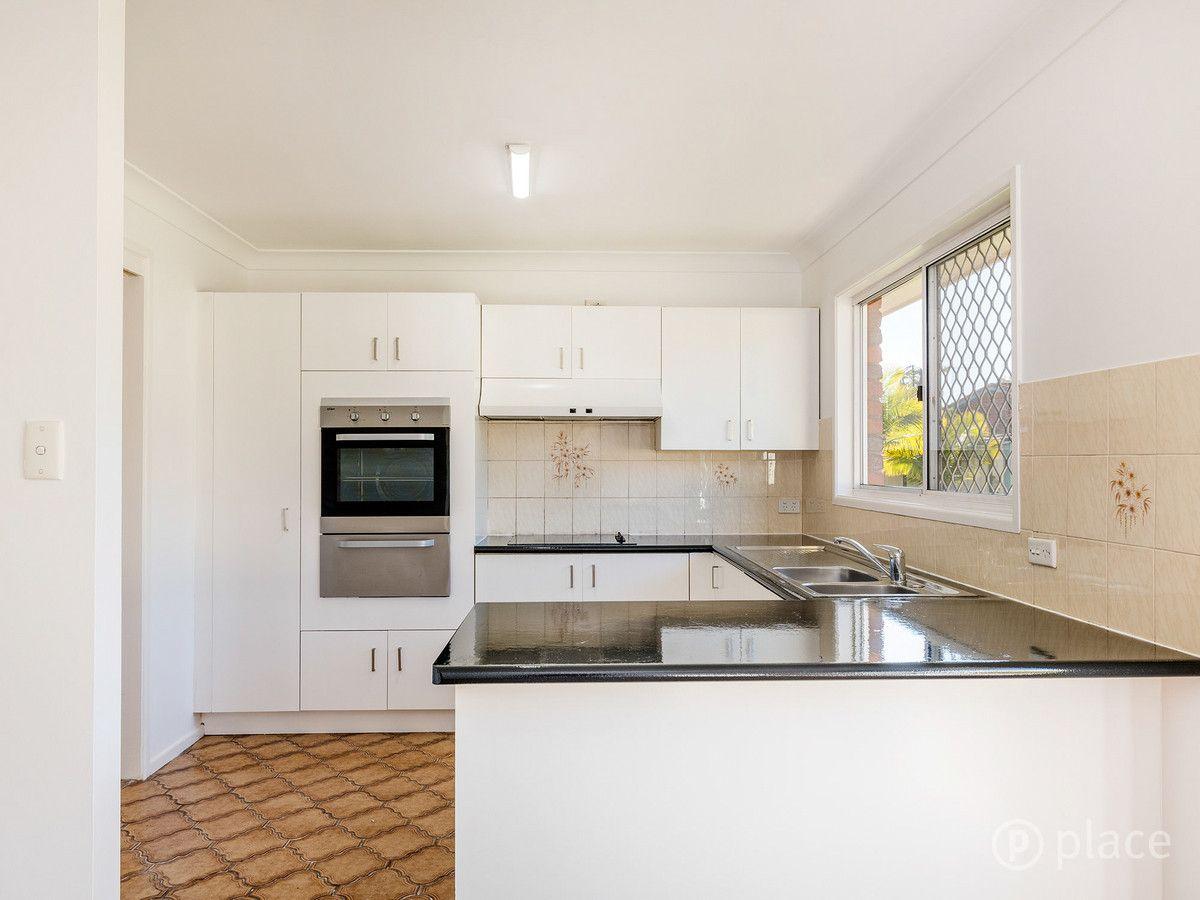 73 Honeywood Street, Sunnybank Hills QLD 4109, Image 2