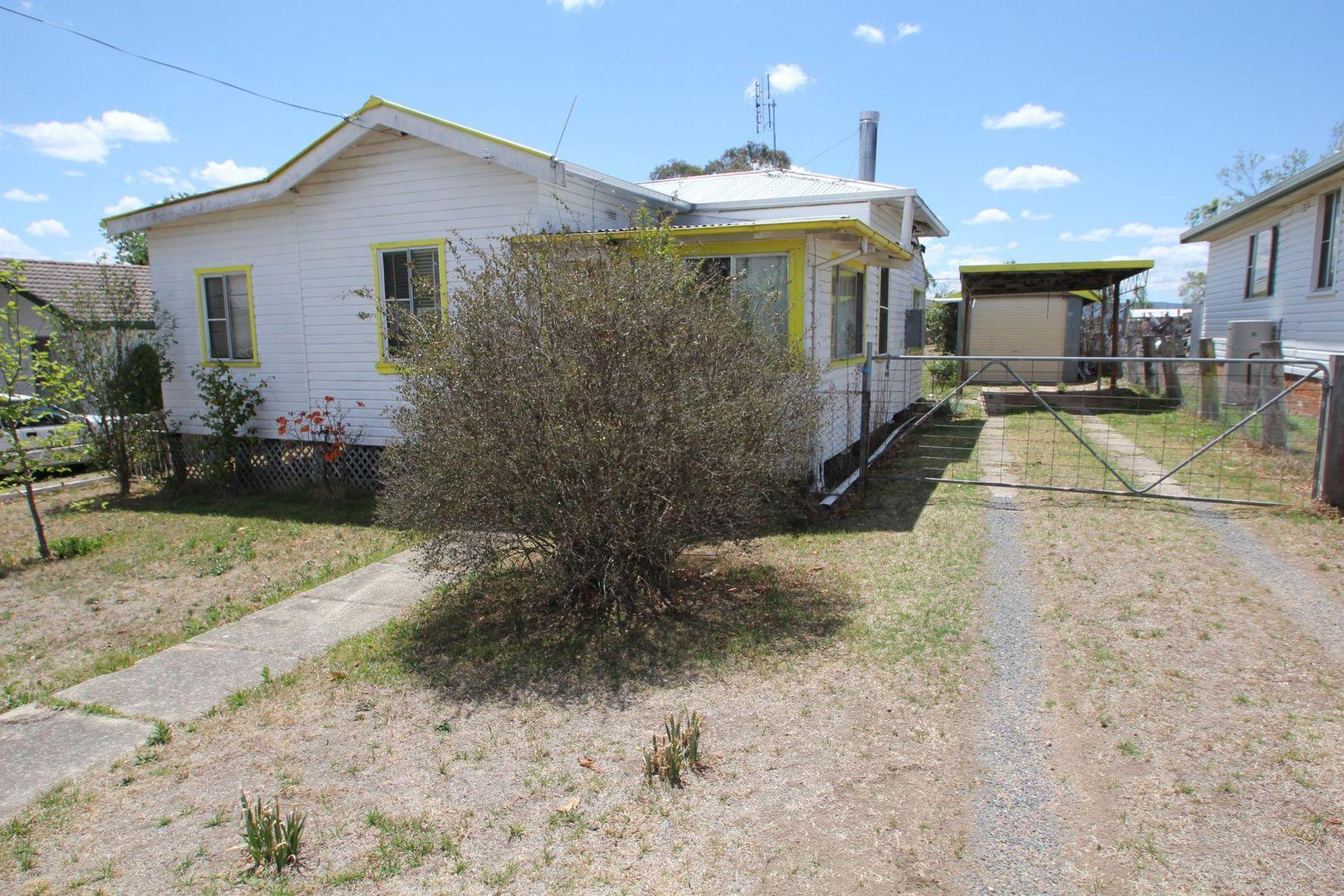 142 Petrie Street, Tenterfield NSW 2372, Image 1