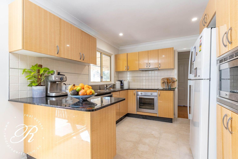 11 Creekline Crescent, Tallwoods Village NSW 2430, Image 2