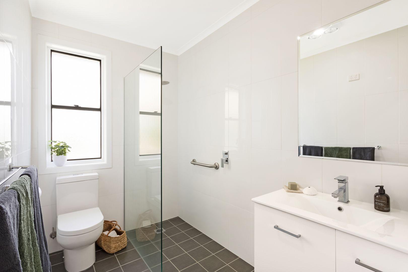 31 Glebe Avenue, Bega NSW 2550, Image 2