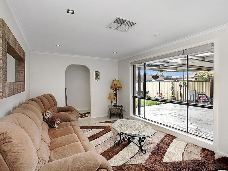 90 Point Cook Road, Seabrook VIC 3028, Image 2
