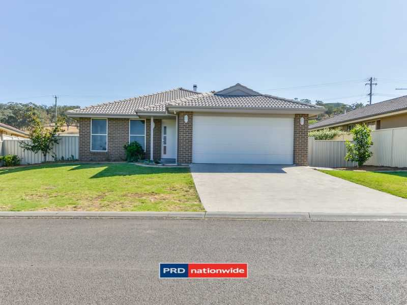 15 Fishermans Place, Oxley Vale NSW 2340