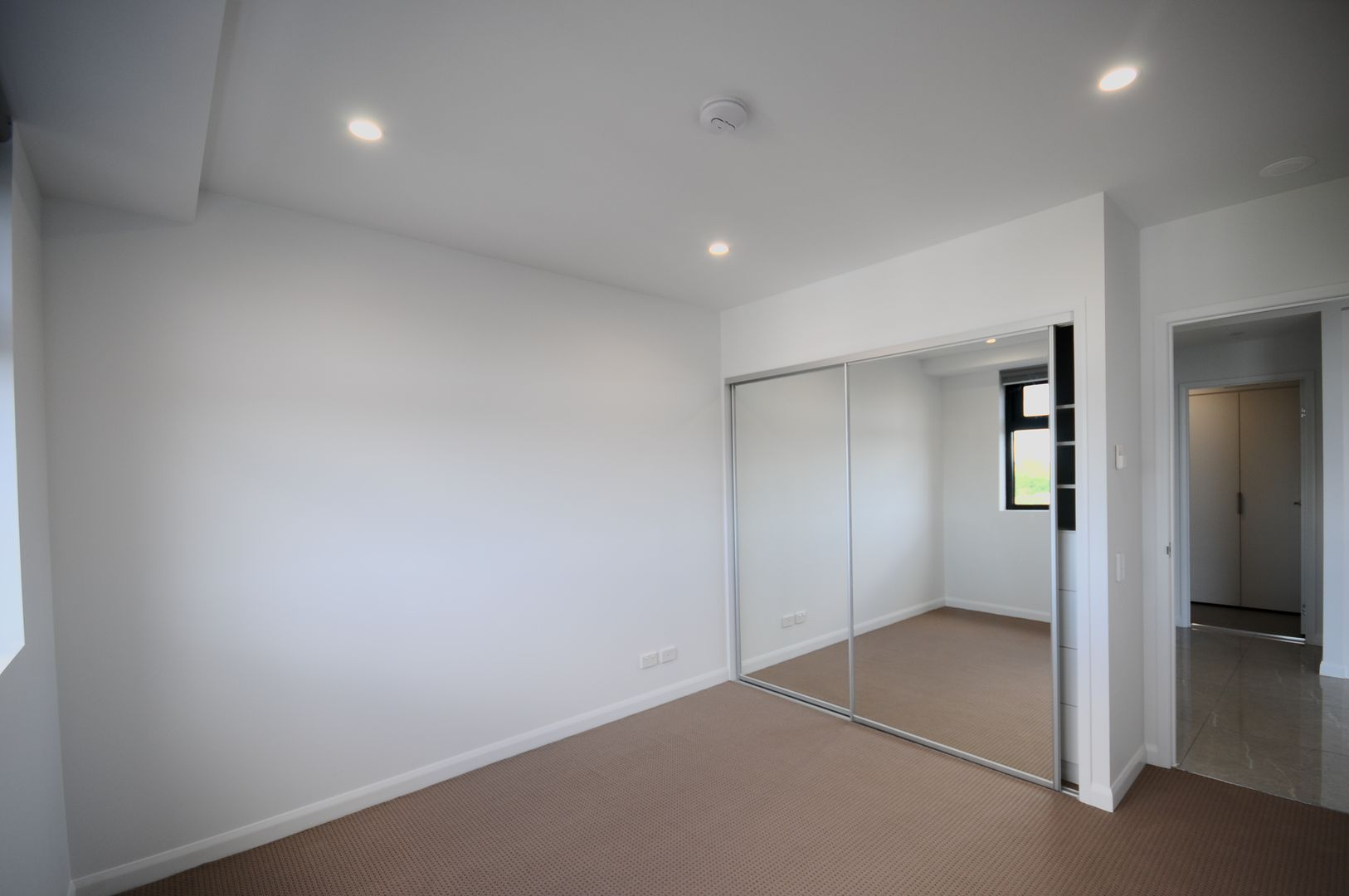 2106/181 Clarence Road, Indooroopilly QLD 4068, Image 2