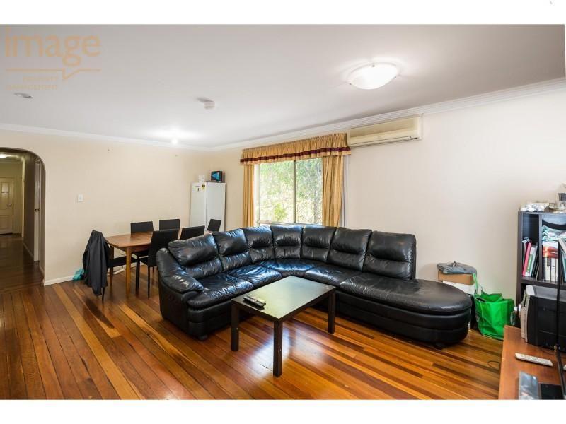 4/65 Anglesey Street, Kangaroo Point QLD 4169, Image 2