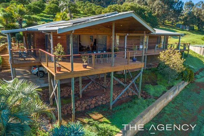 Picture of 240 Croyden Road, ROLEYSTONE WA 6111