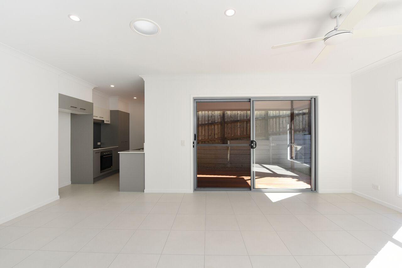 "9/20 Crumpton Place   ""Millbrook"", Beerwah QLD 4519, Image 1"