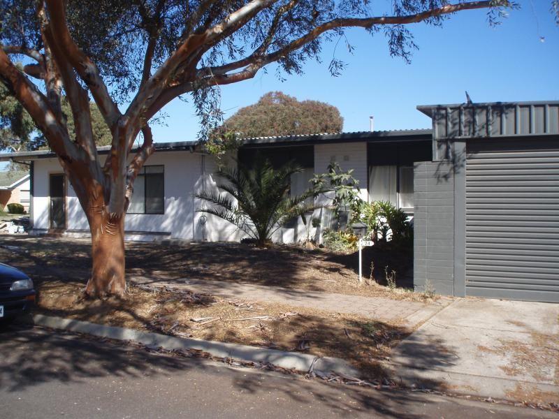 24 Barakoola Street, Pooraka SA 5095, Image 0