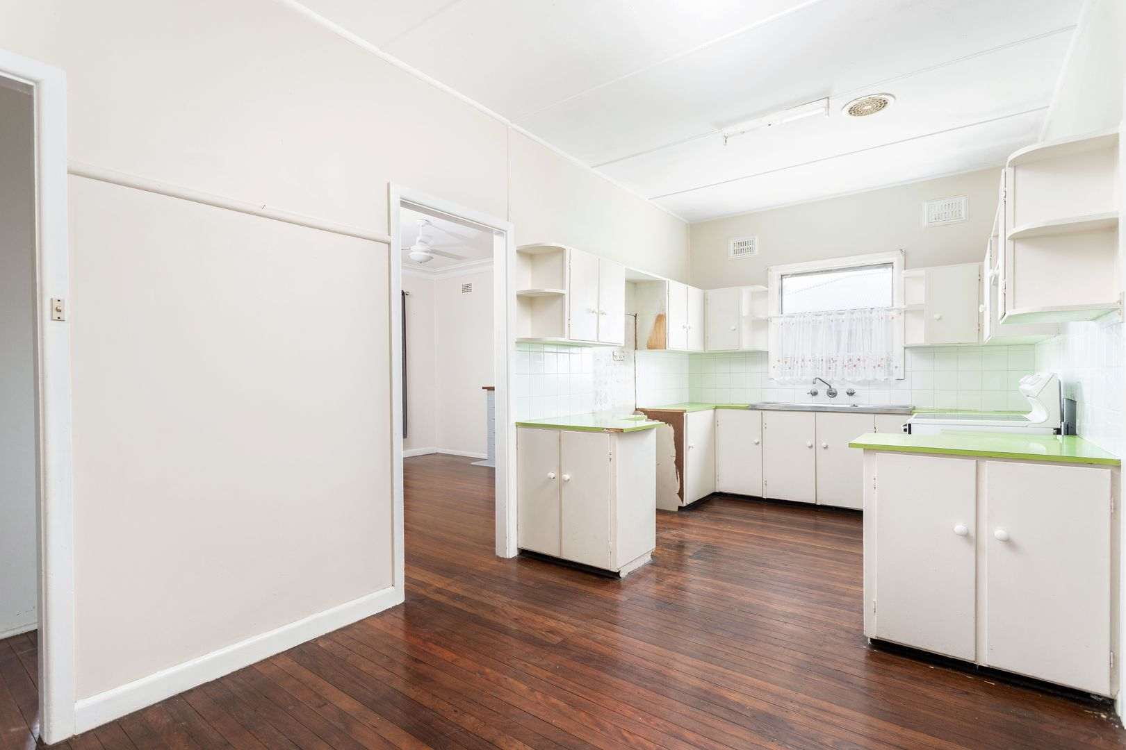 26 Wingham Road, Taree NSW 2430, Image 2