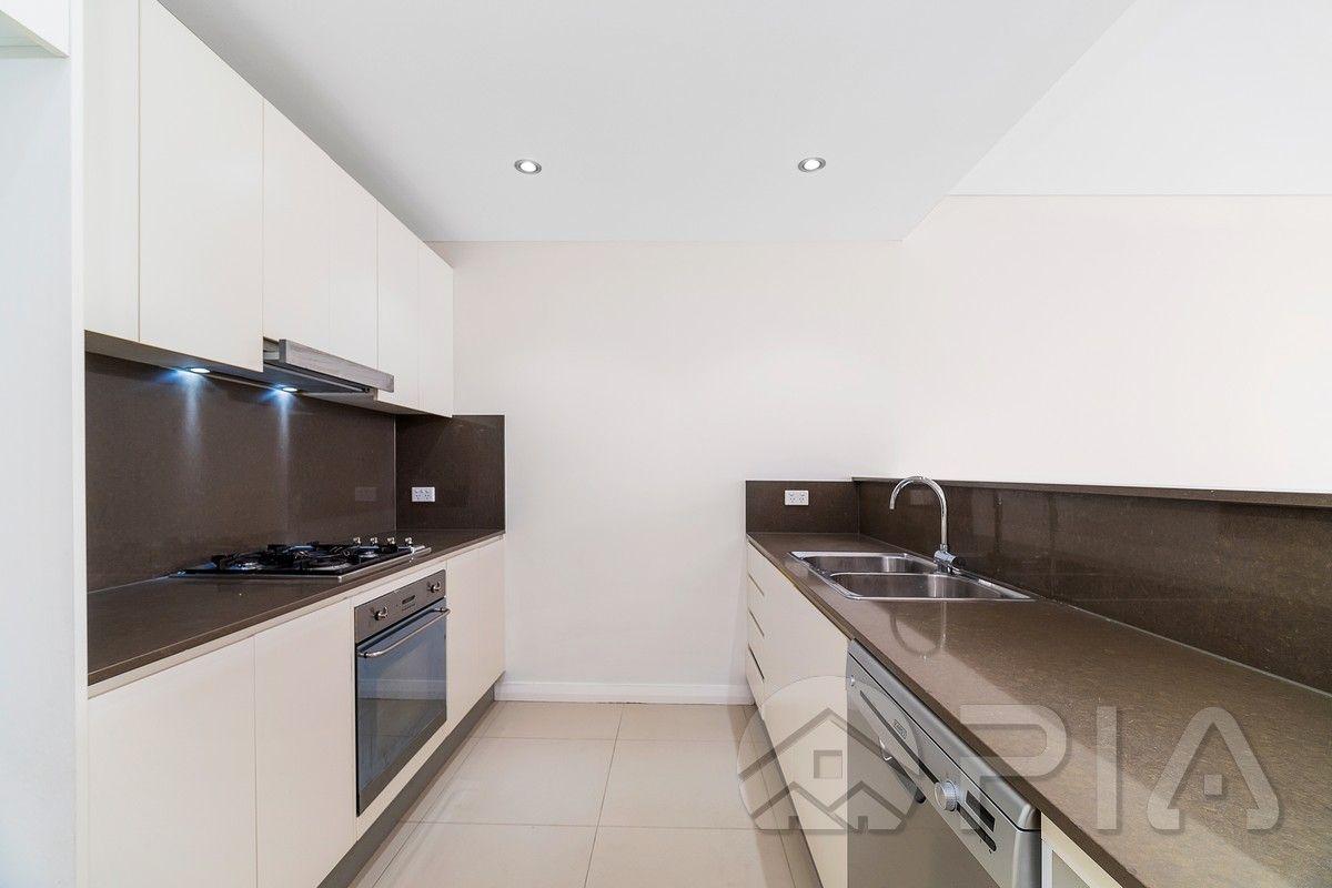 5703/42-44 Pemberton Street, Botany NSW 2019, Image 2