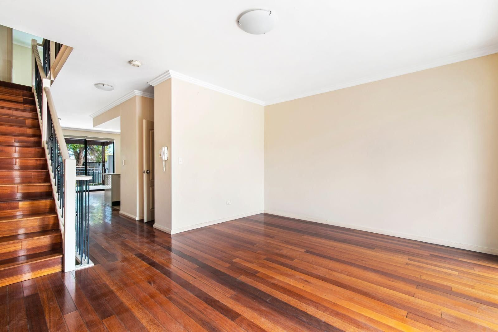 9/14-18 Mary Street, St Peters NSW 2044, Image 2