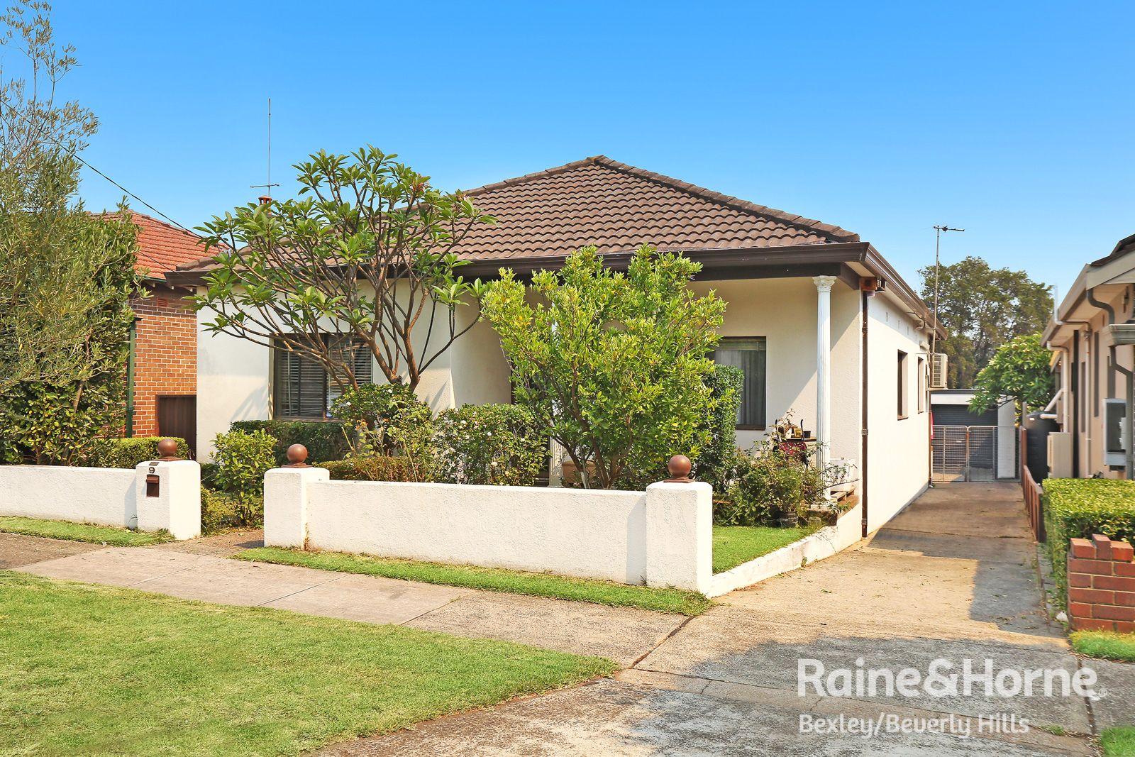 9 Moncur Avenue, Belmore NSW 2192, Image 0