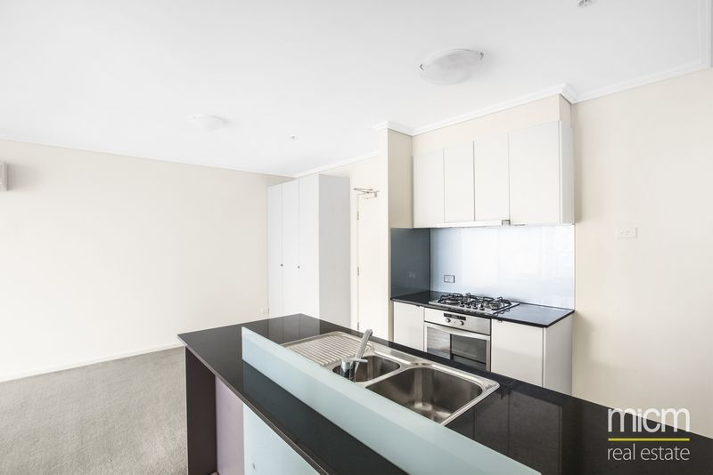 REF 061499/88 Kavanagh Street, Southbank VIC 3006, Image 1
