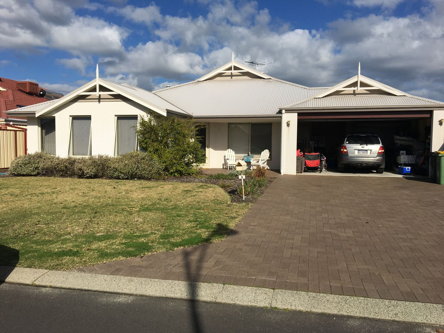 5 Indooroopilly Crescent, Dunsborough WA 6281 - House For