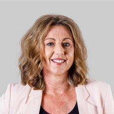 Lyn McLennan, Sales representative