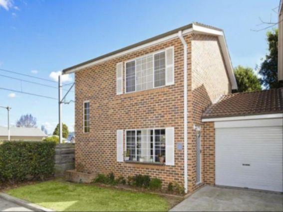 8/116 Windsor  Street, Richmond NSW 2753, Image 0
