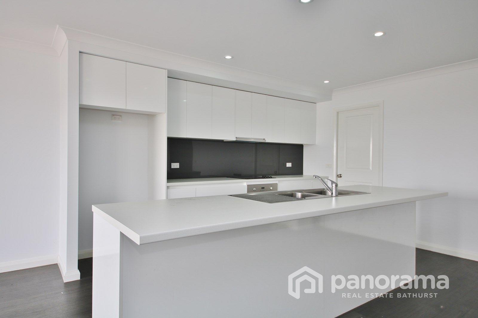 37 Westbourne Drive, Llanarth NSW 2795, Image 1