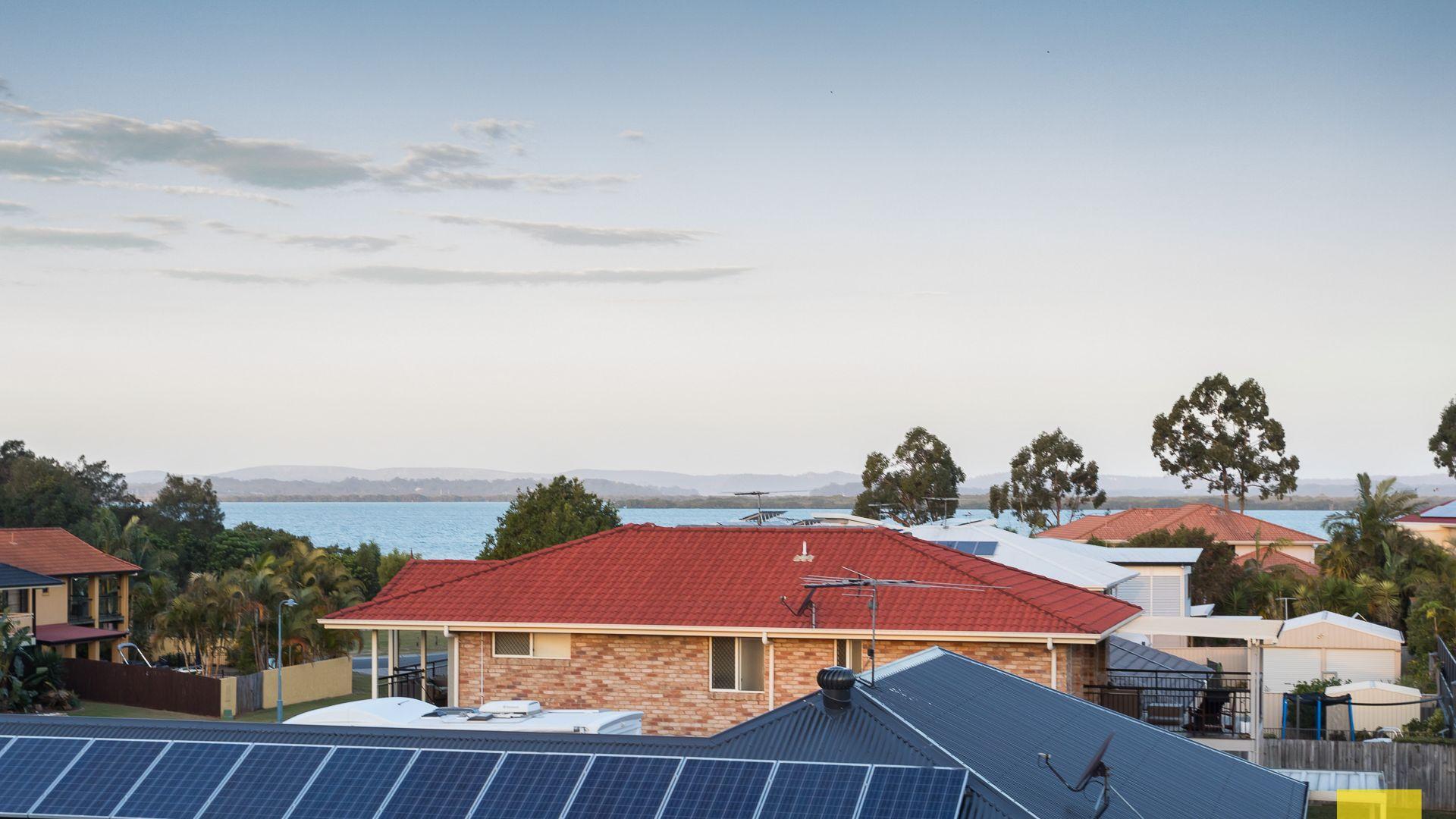 19 Penzance Drive, Redland Bay QLD 4165, Image 2