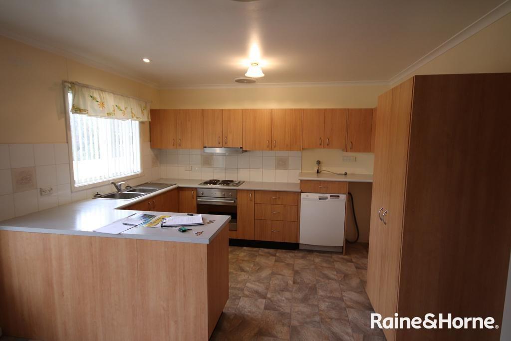 2/27 Mitchell Street, Muswellbrook NSW 2333, Image 0