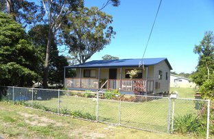 Picture of 4 Iverison Rd, Sussex Inlet NSW 2540