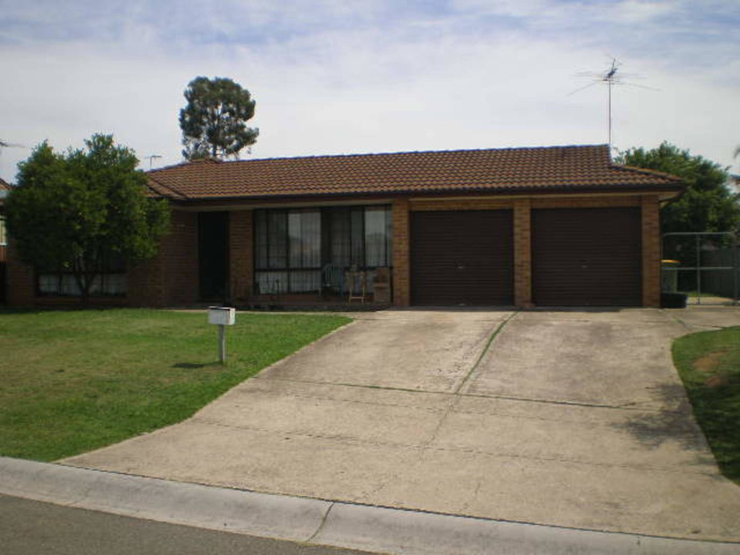 87 Nineveh Crescent, Greenfield Park NSW 2176, Image 0