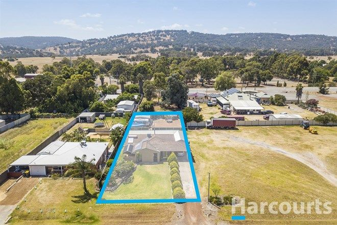 Picture of 32 Central Avenue, NORTH DANDALUP WA 6207