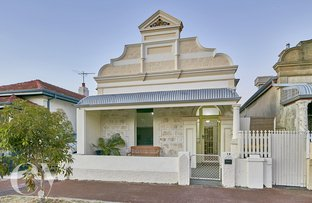 Picture of 16 Marmion Street, East Fremantle WA 6158