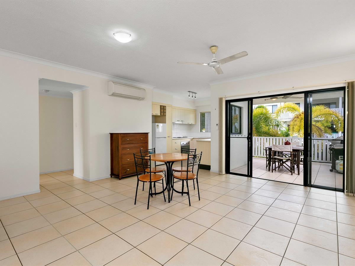 15/44 Pease Street, Manoora QLD 4870, Image 2