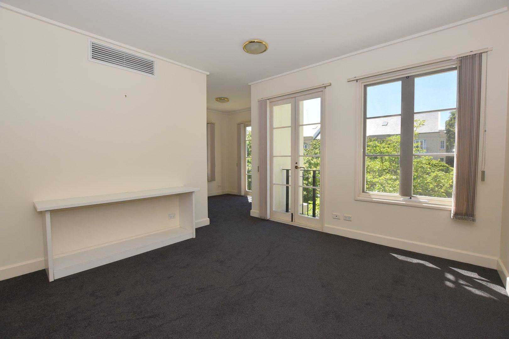 3/2 Wellington Crescent, East Melbourne VIC 3002, Image 0