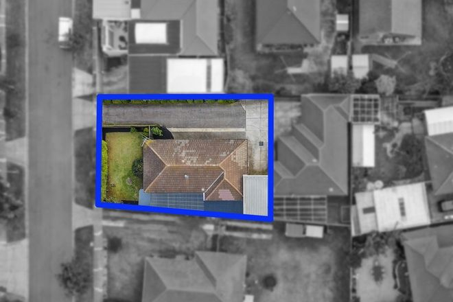 Picture of 1/2 Green Gully Close, KEILOR DOWNS VIC 3038
