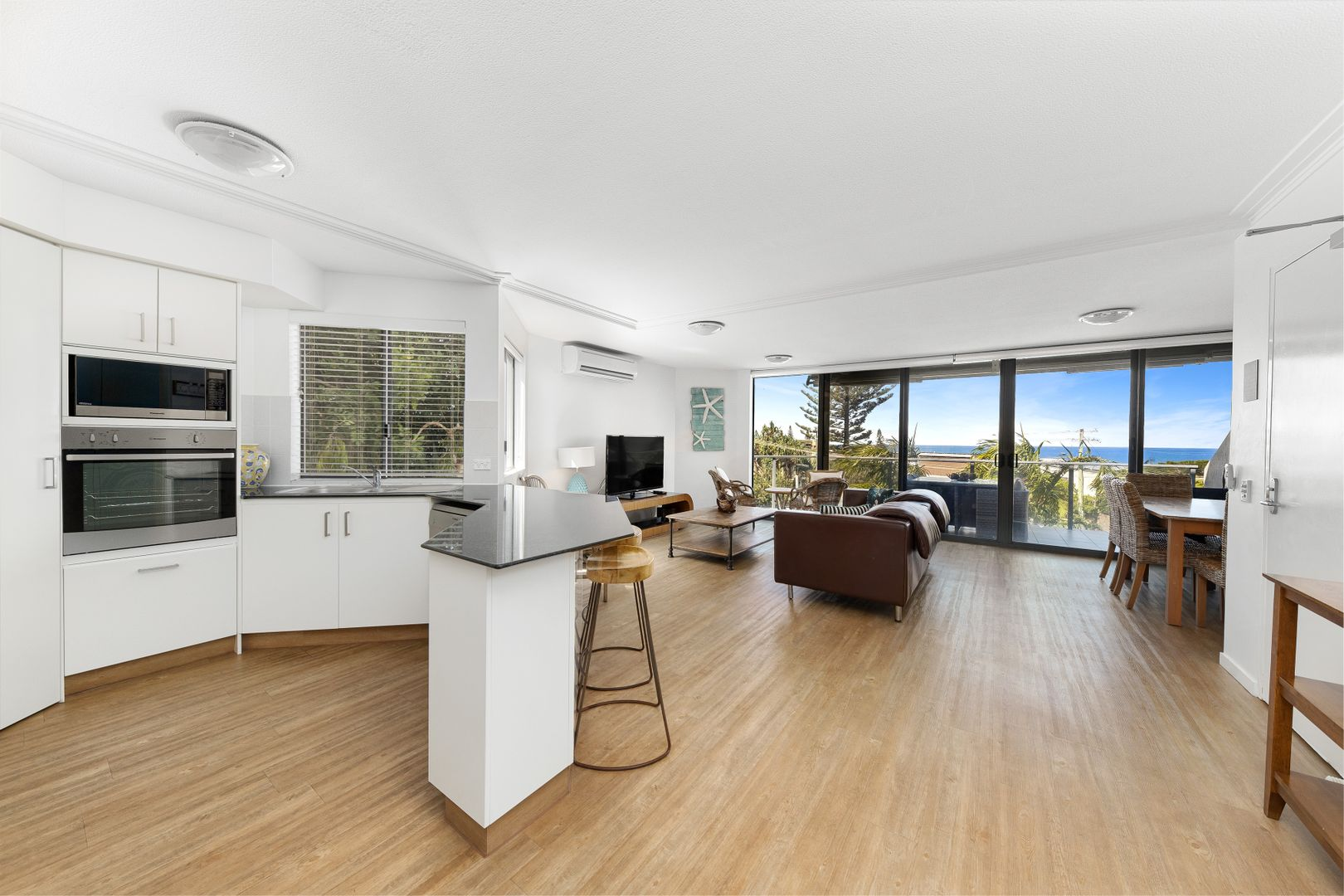 4/23 Belmore Terrace, Sunshine Beach QLD 4567, Image 2