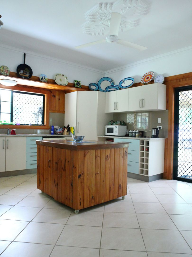 80 Paradise Palm Drive, Tully Heads QLD 4854, Image 2