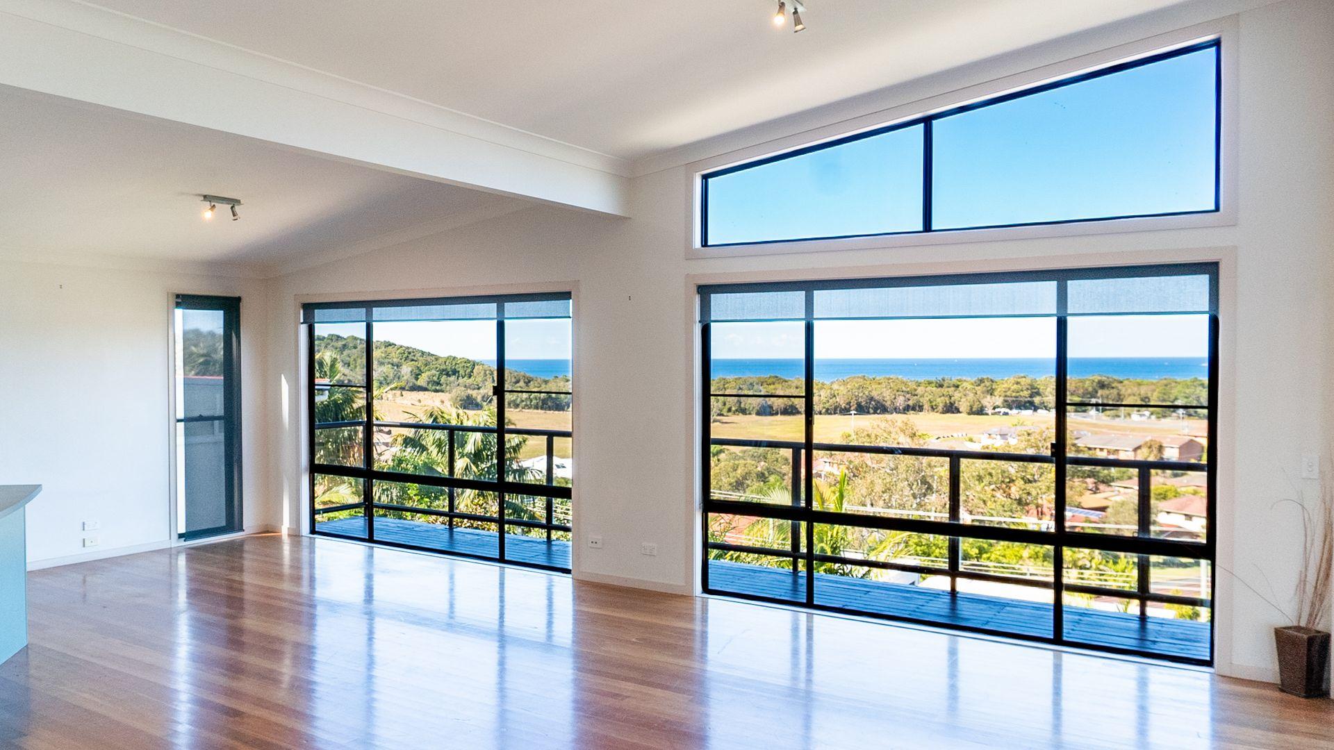 45 Manning Avenue, Coffs Harbour NSW 2450, Image 2