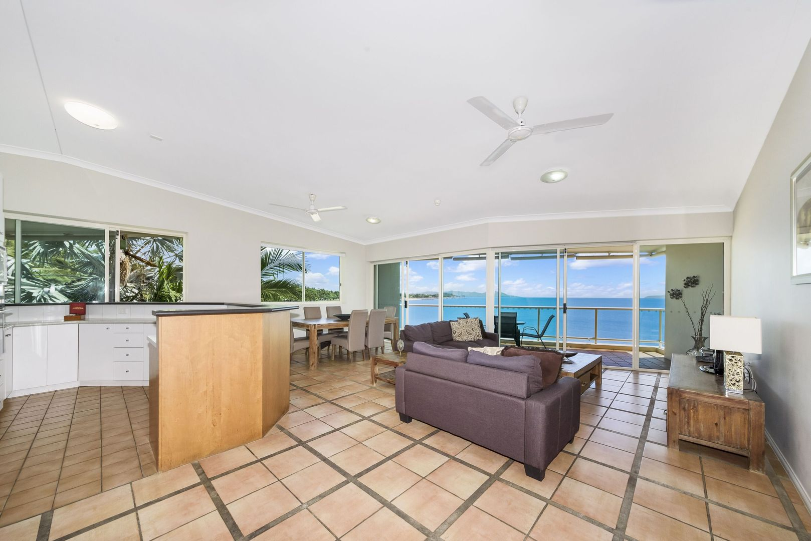 30/7 Mariners Drive, Townsville City QLD 4810, Image 2