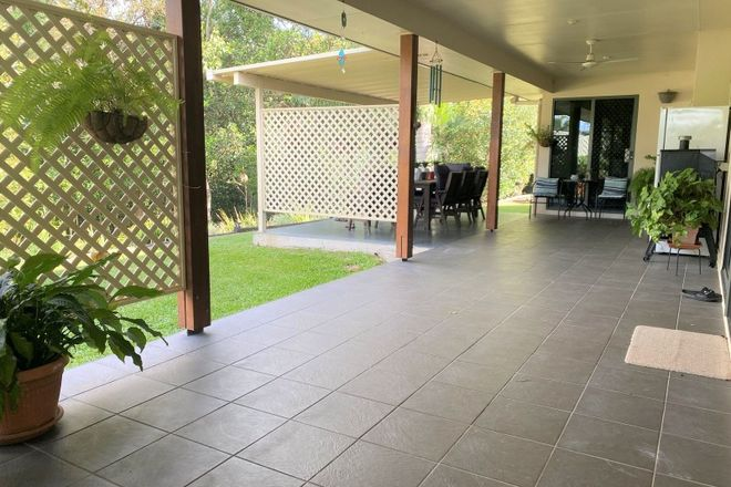 Picture of 7 Mapley Court, SARINA QLD 4737