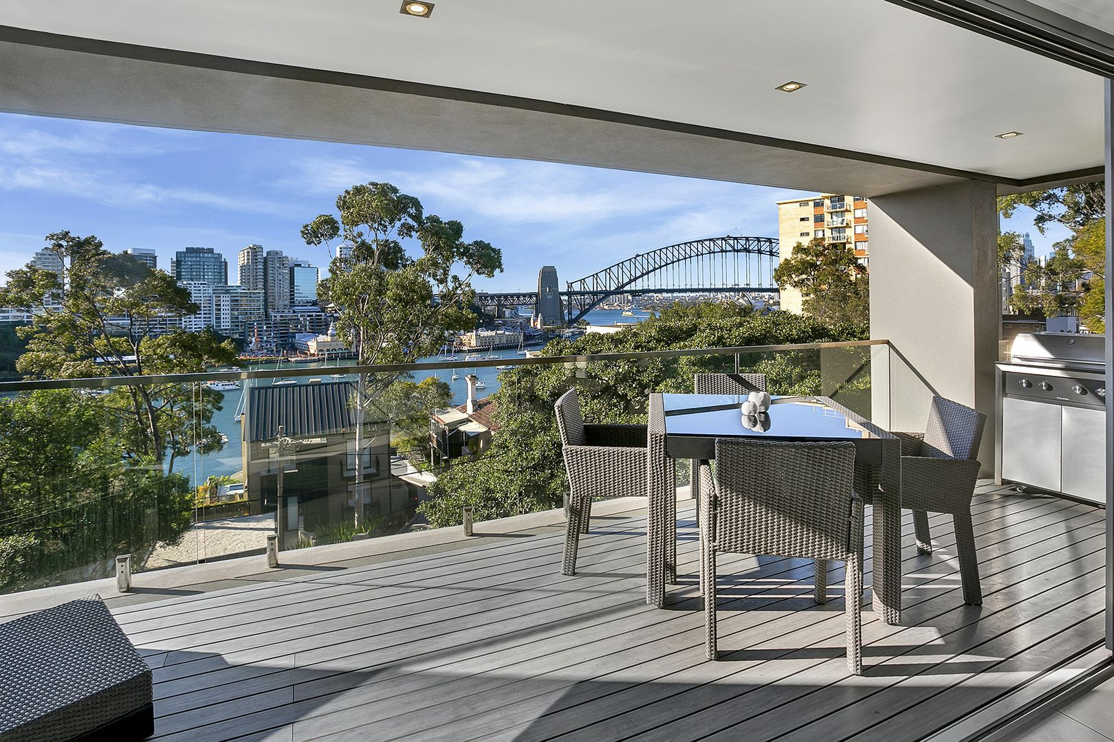 4/28 East Crescent Street, McMahons Point NSW 2060, Image 0