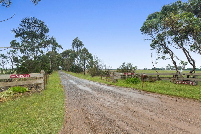 527 Holden Road, Plumpton VIC 3335, Image 2