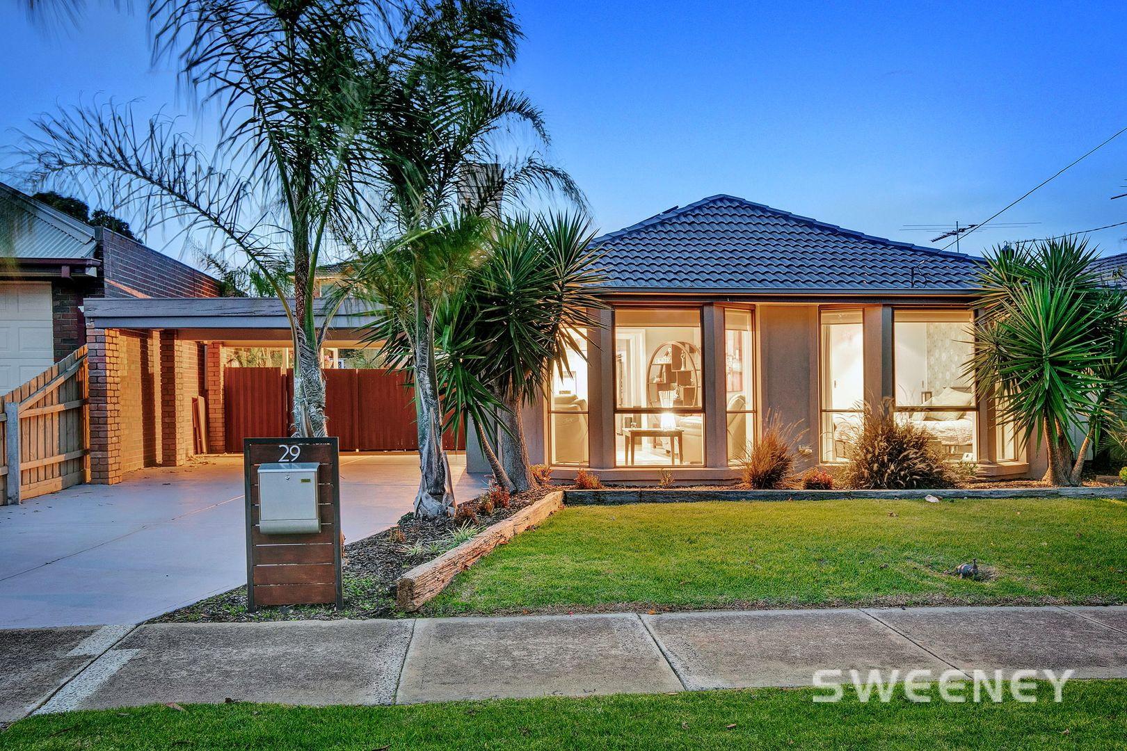 29 Sommers Drive, Altona Meadows VIC 3028, Image 0