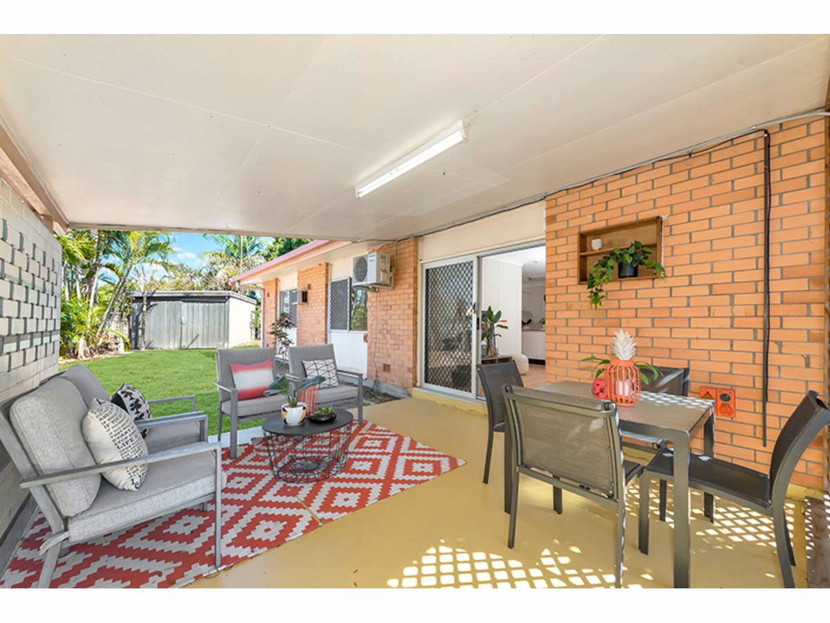 4 Canara Street, Cranbrook QLD 4814, Image 2