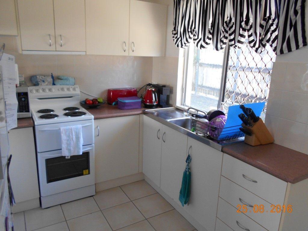 1/4 Oloway Crescent, Alexandra Headland QLD 4572, Image 1