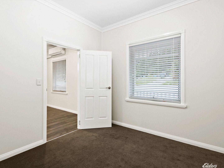 8 Peters Street, Queenstown TAS 7467, Image 2
