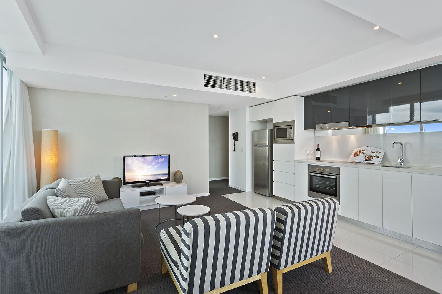 3113 'H-Residences' Surfers Paradise Blvd, Surfers Paradise QLD 4217, Image 2